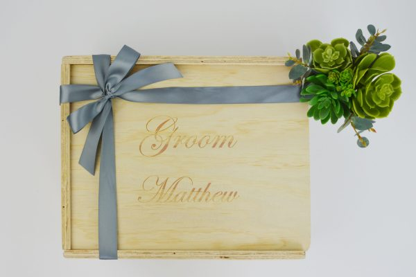 groom custom engraved gift box