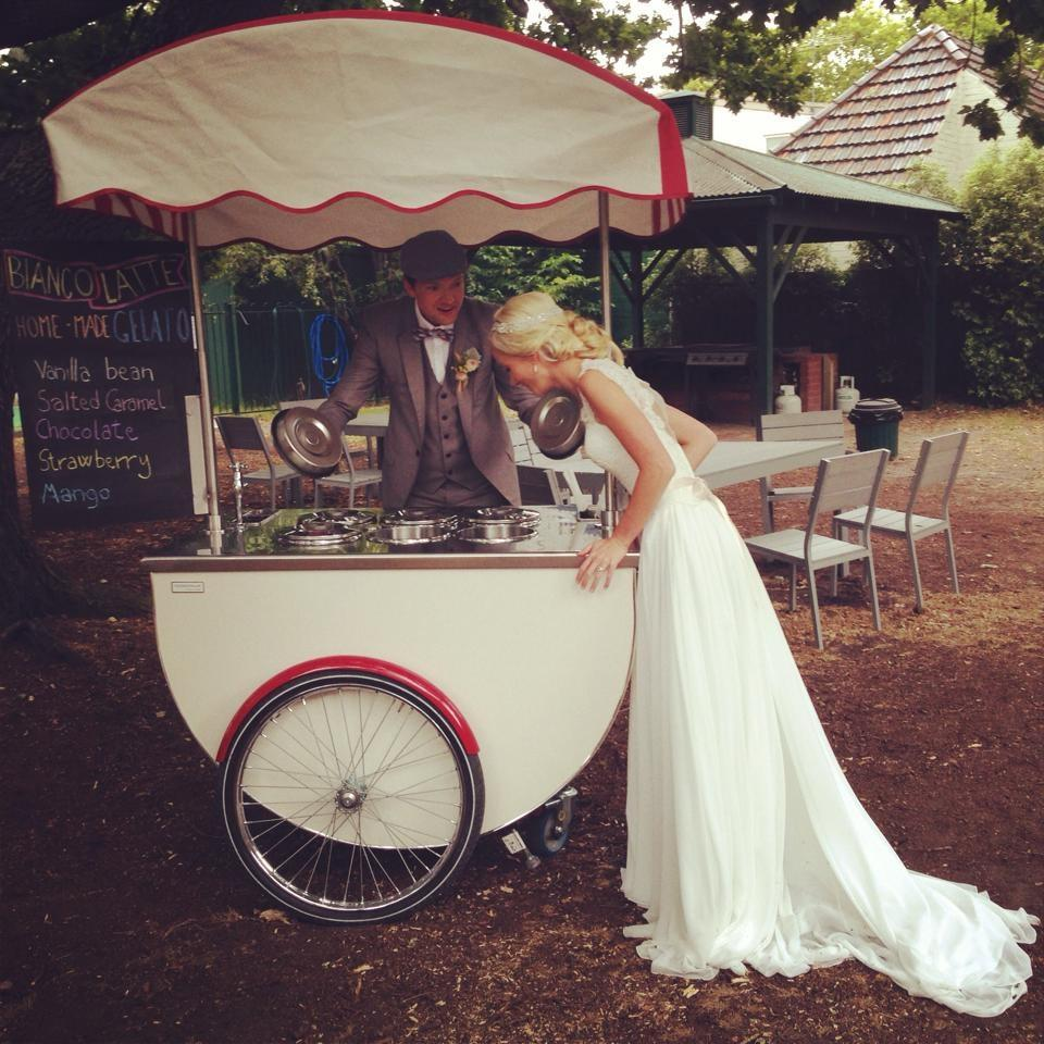 alternative food ideas for wedding mobile ice cream cart
